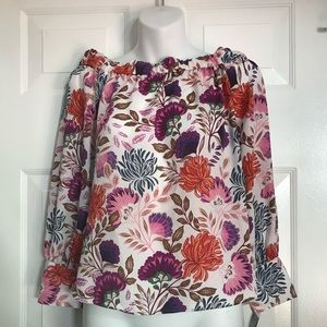 Off the shoulders floral blouse